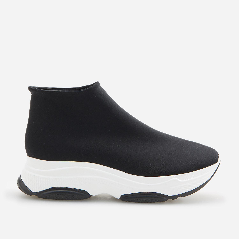 Reserved Belebújós cipő Fekete